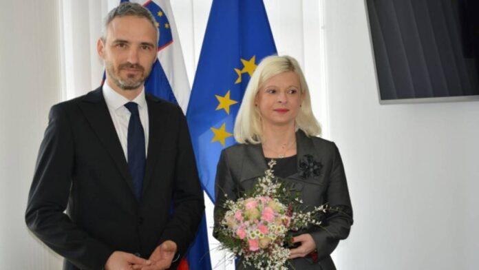 Novi minister Janez Cigler Kralj prevzel posle na ministrstvu