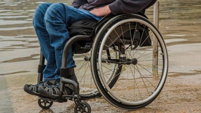 Simbolična fotografija, voziček