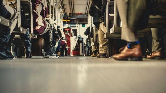 Simbolična fotografija, Avtobus